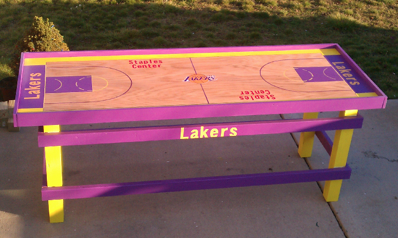 LA Lakers Beer Pong Table