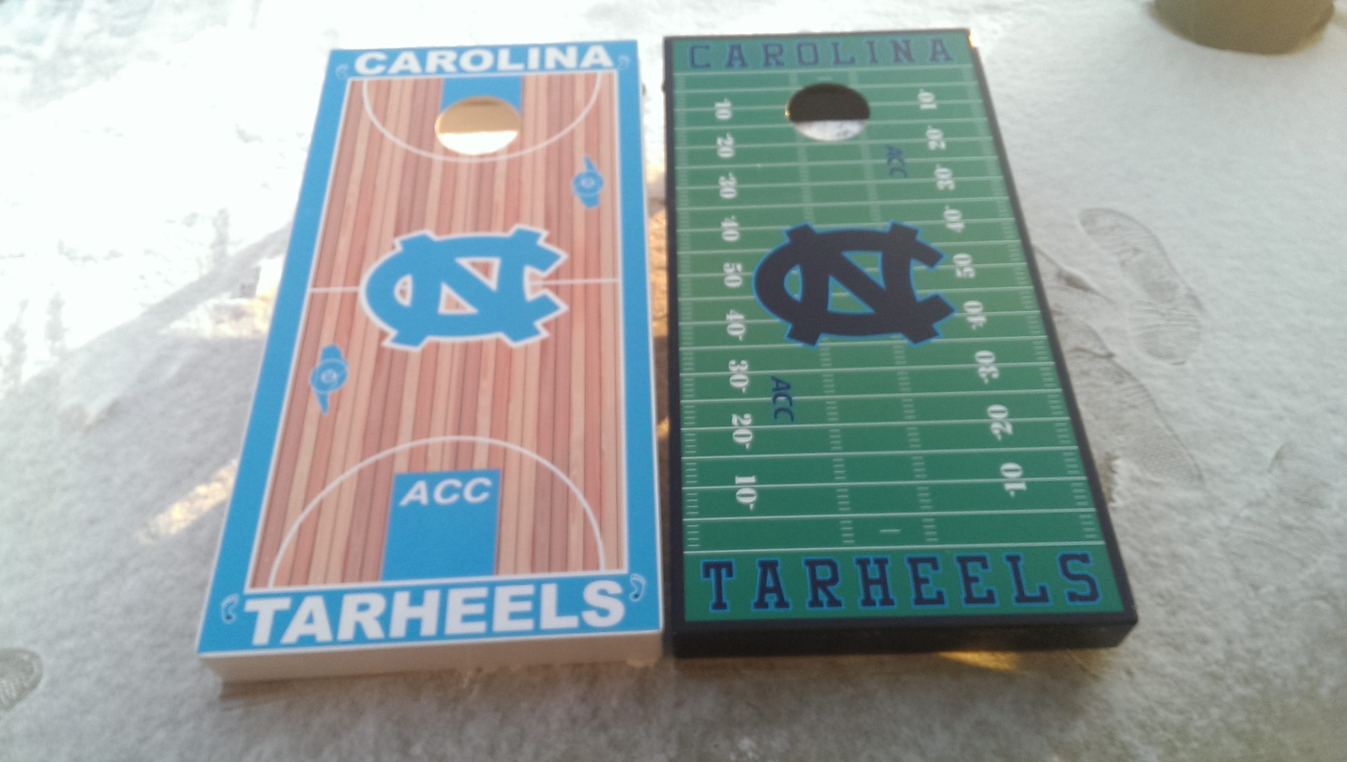 North Carolina Tarheels  Cornhole Set